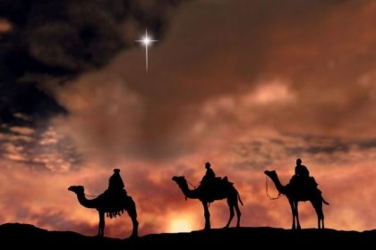 3 wise men on camels